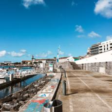 Hafenpromenade in Ponta Delgada