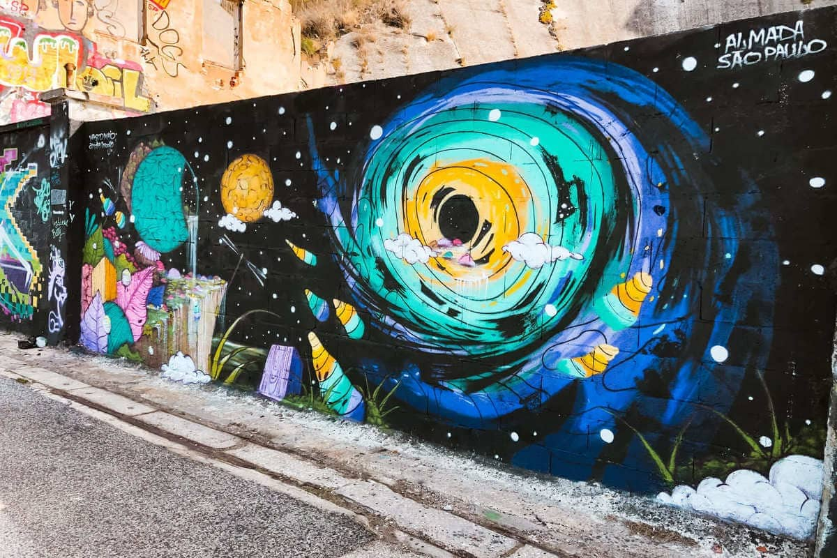 Graffiti in Almada