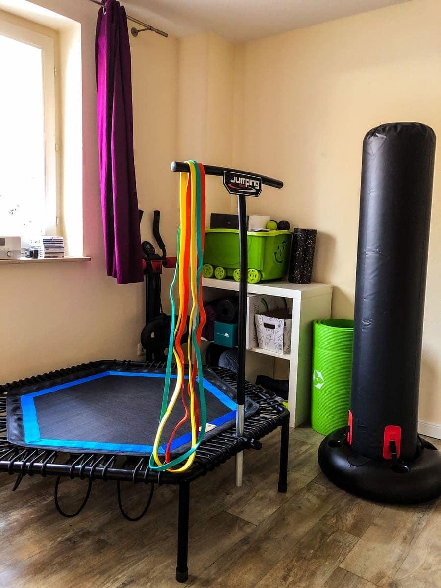 <strong>Home Gym einrichten</strong>: Die 14 <em>besten</em> Fitnessgeräte für zuhause